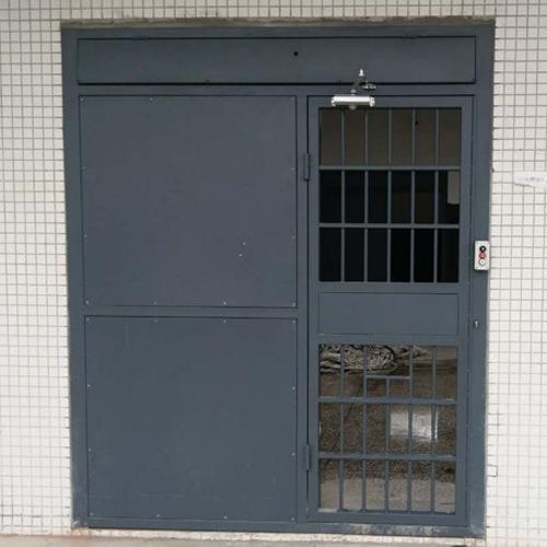 电动平移监室门
